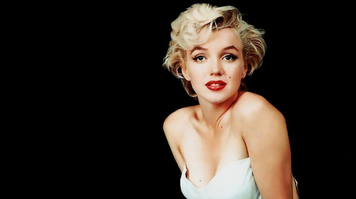Marilyn-Monroe-Beautiful-Smile-Cruising-Sweden